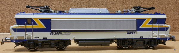 Bb20011_2